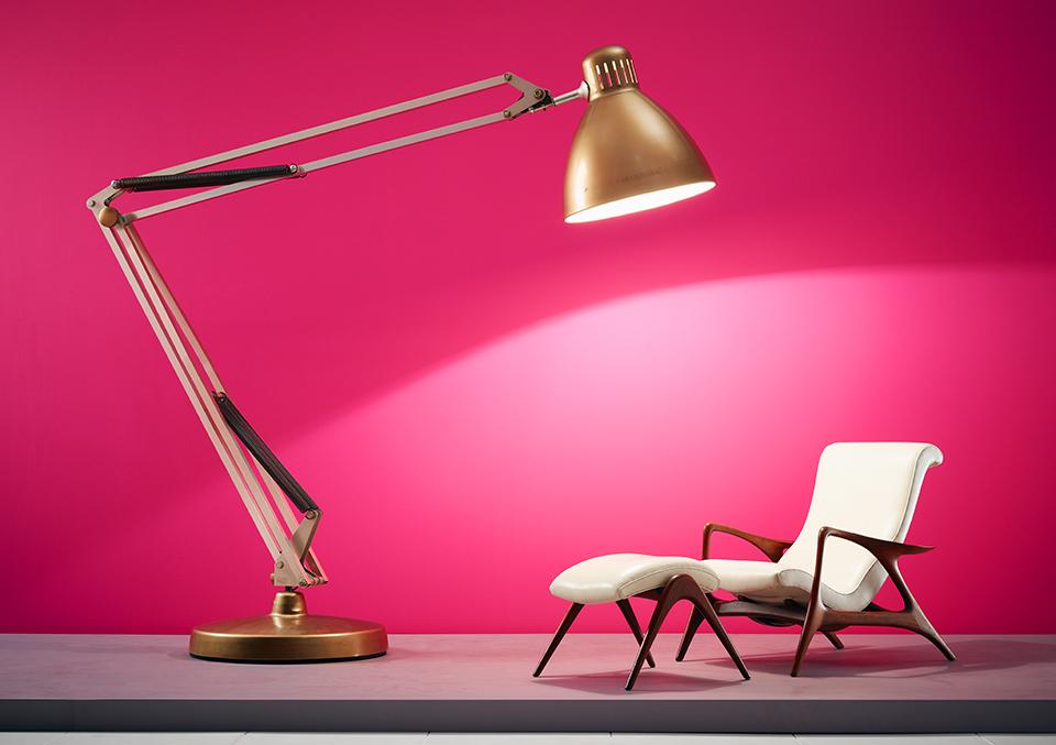 Giant-Lamp.jpg